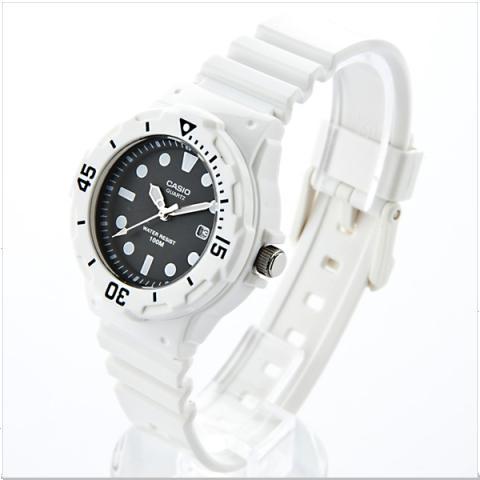 Feminine Casio LRW-200H Analog Watch for Ladies